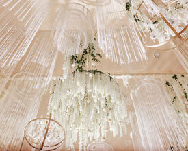 23 Flower Chandelier Ideas to Decorate Your Venue