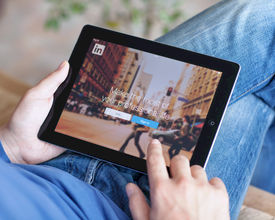 How to Use LinkedIn to Promote Your Event
